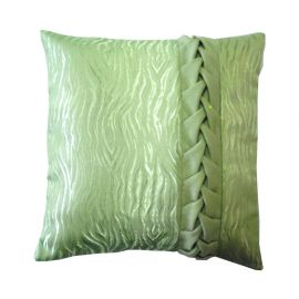 Подушка декоративная с косичкой